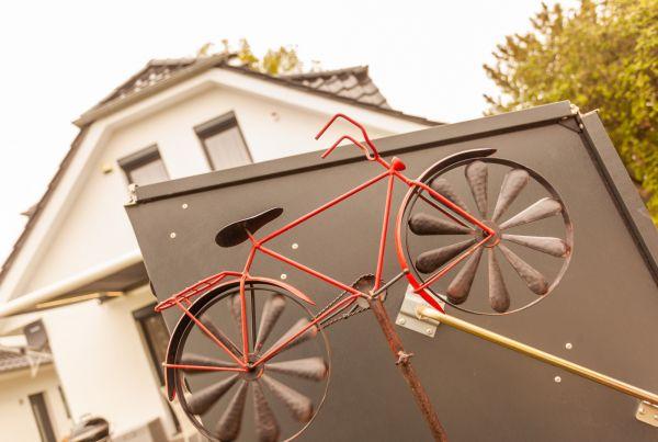 fahrrad122CCF712-FC6A-DFE0-73EB-ACF5FC29CC4D.jpg