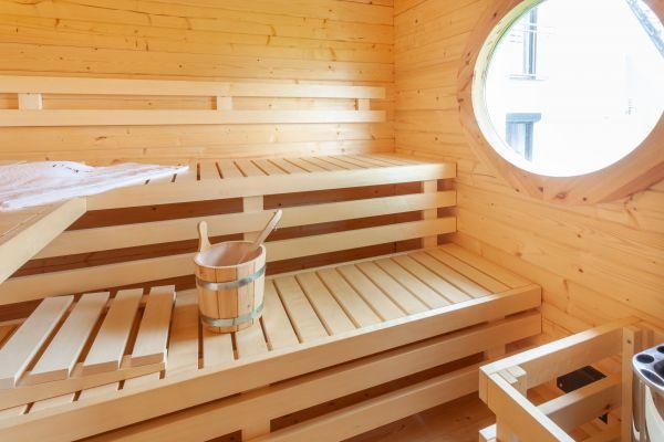 sauna-0161BD1AFF-A23E-CA04-078A-C70348AC306B.jpg